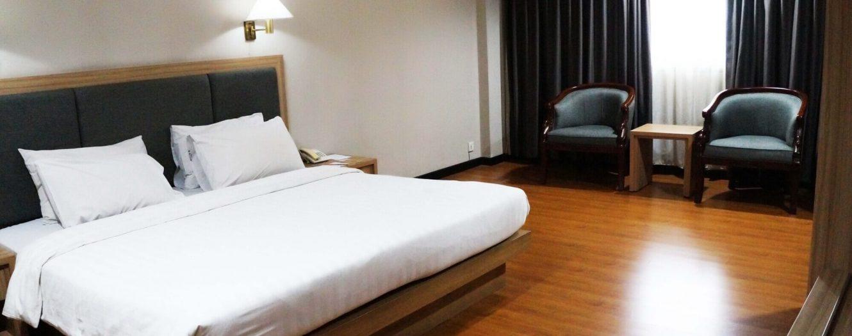 Standard King Bed 1